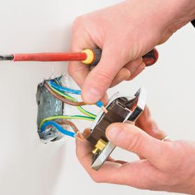 electric-wiring-socket