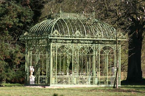 Садовый павильон в итальянском стиле