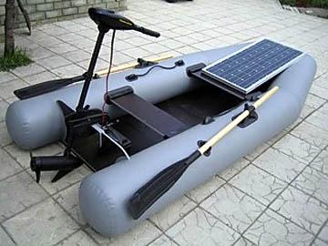 Надувная лодка с электроприводом от солнечной батареи