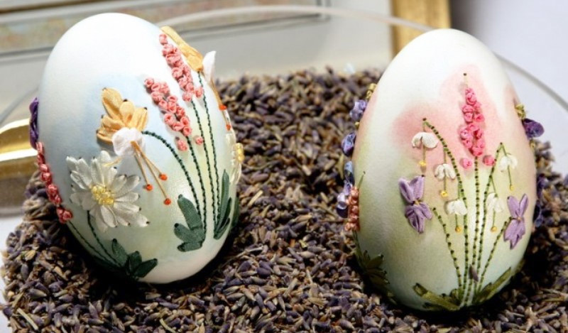 Пасхальные яйца с объемным декором