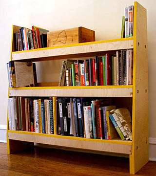 Этажерка для книг