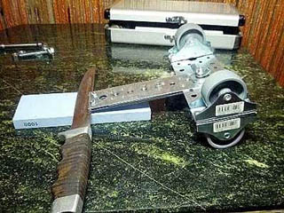 Роликовая точилка-тележка для ножей и столярного инструмента