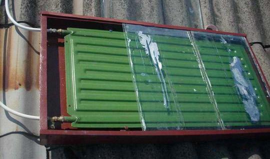 Солнечный коллектор из радиатора отопления