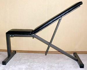 Ошибочная конструкция спортивной скамьи-трансформера