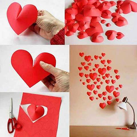 Декор стены выпуклыми сердечками из бумаги