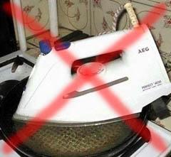 Неправильная чистка утюга от накипи
