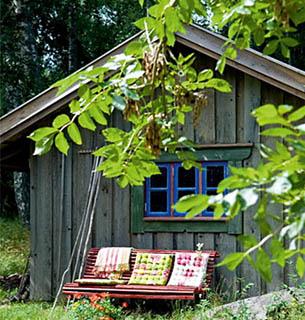 Лесной домик-бунгало