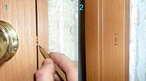 Разметка языка замка на косяке двери под ответную часть карандашом
