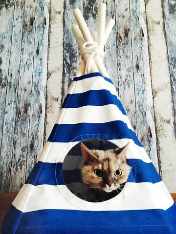 Мини-вигвам - домик для кошки.