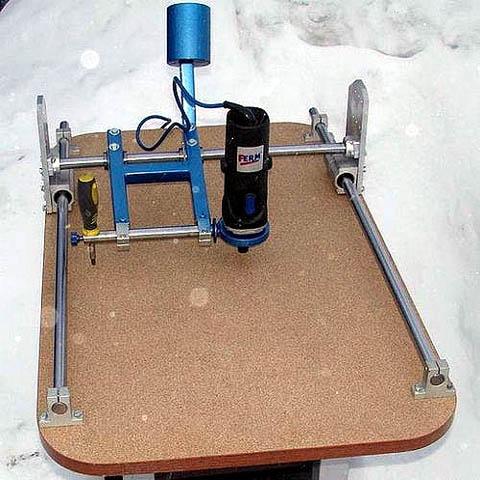Фрезерно-копировальный 3D станок по дереву (дупликарвер) под рабочую левую руку